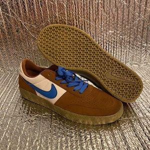 Nike SB Team Classic Skate Low Brown/Blue